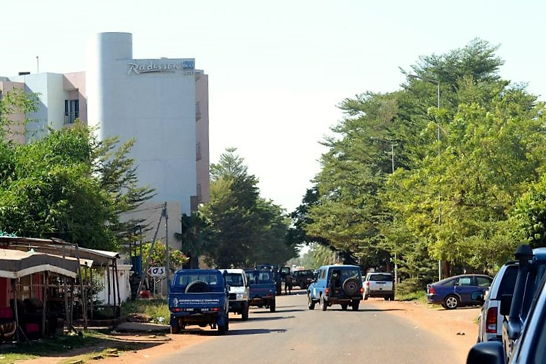 20 Nov 2015, Bamako, Mali --- Bamako, Mali. 20th November 2015 -- The Radisson Blu Hotel in Mali's capital Bamako. According to the released hostages, including the artist singer Sekouba Babino, there were dead and wounded. The released were led to the police of the 14th district. -- Malian army, French and UN troops surround Radisson Blu hotel in Bamako after Gunmen went on a shooting rampage at the luxury Radisson Blu hotel in Bamako, Mali seizing 170 guests and staff in an ongoing hostage-taking. --- Image by © Amadou Keita/Demotix/Corbis