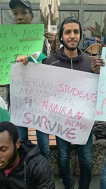 nigerian_credit_card_protest