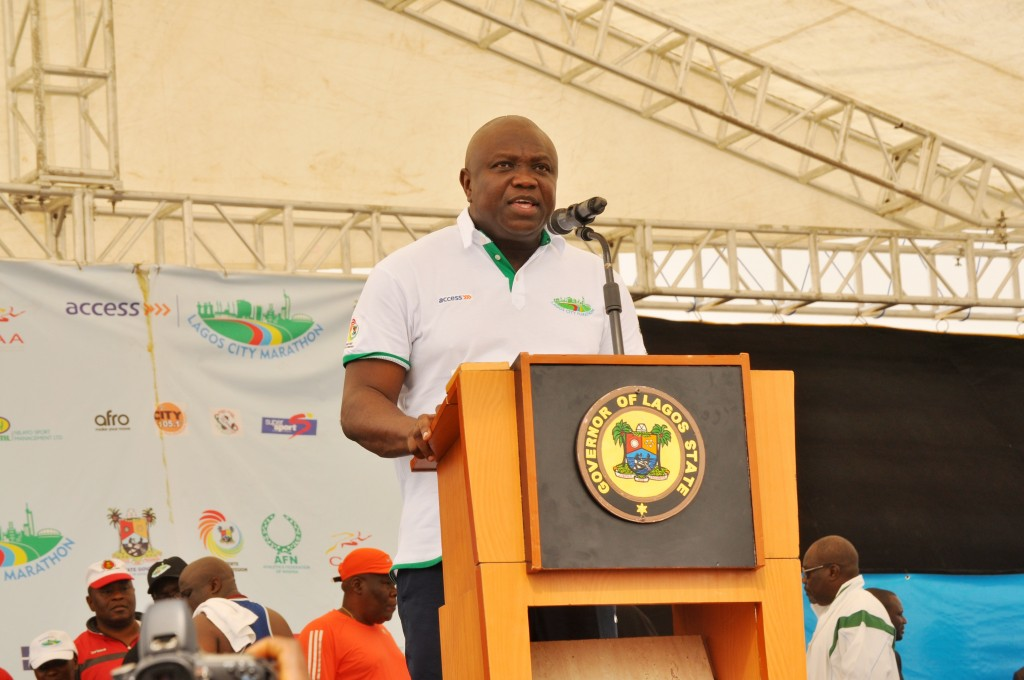 THE GOVERNOR ADDRESSING THE GATHERING OF SPORT LOVERS @ EKO ATLANTIC FINISHING POINT FOR THE MARATHON