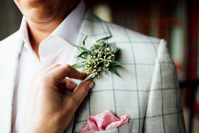groom inspired weed botineas