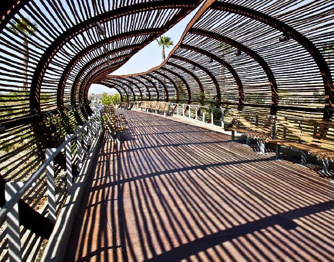 pedestrian_bridge_dos lagos_2011corona_darkroomgallery