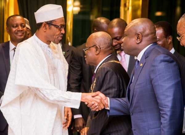 Buhari-and-Ambode-at-ICAN-meeting-e1448548991579