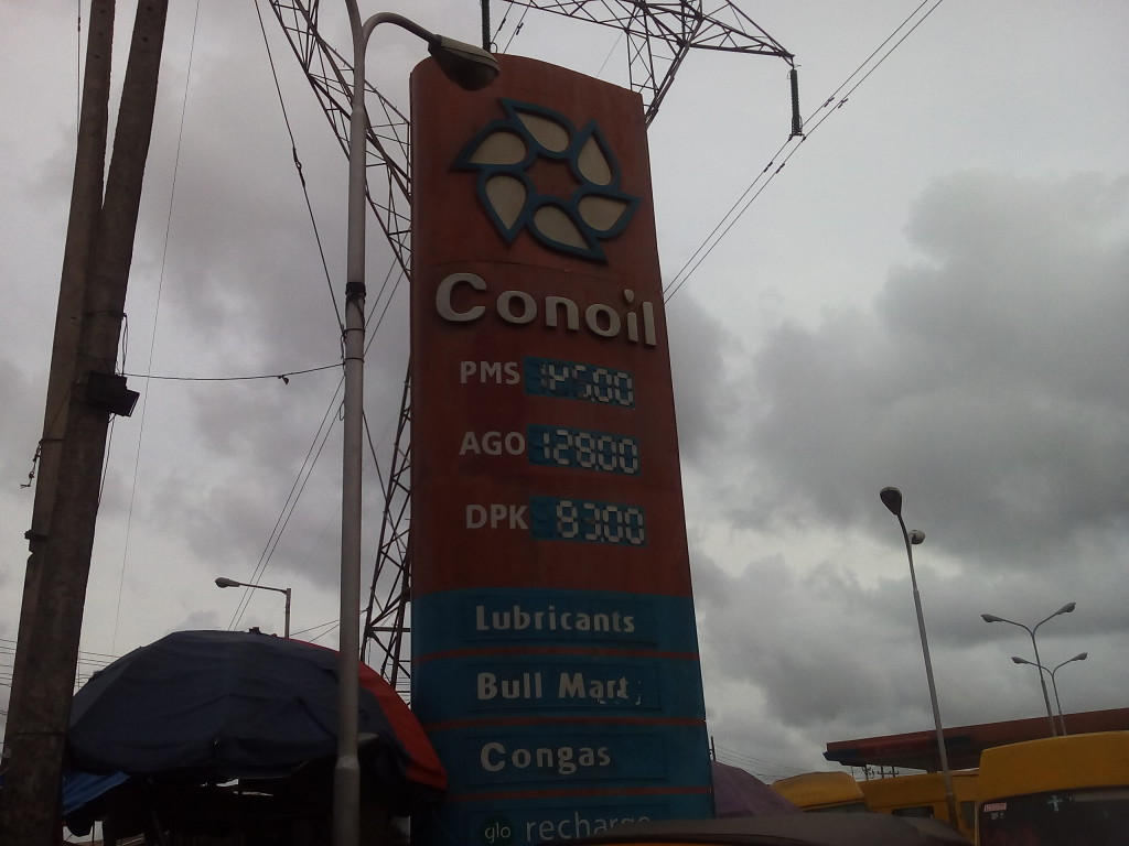 Conoil at Cele bus-stop, Lagos