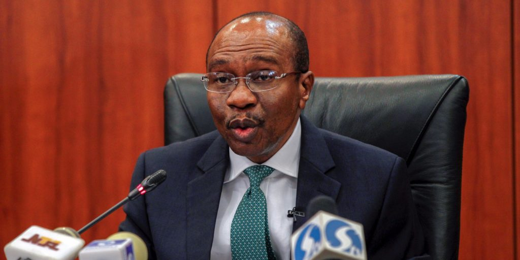 Central Bank Governor Godwin Emefiele speaks during the monthly Monetary Policy Committee meeting in Abuja, Nigeria January 26, 2016. Nigeria's central bank kept its benchmark interest rate at 11 percent on Tuesday and left the naira exchange rate fixed despite a dive on the parallel market and complaints from businesses struggling to get dollars for imports.Afolabi Sotunde/Reuters