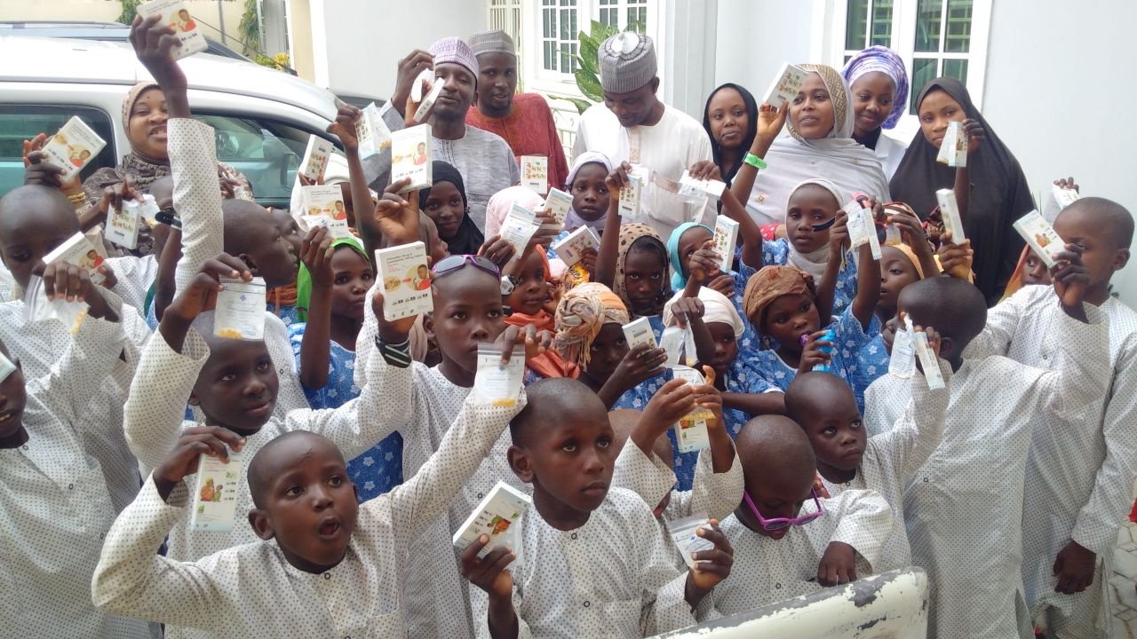 orphans at Arrida foundation in kaduna with guests on eid day