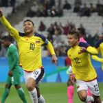 Colombia's Teofilo Gutierrez celebrates opening goal against Nigeria's U-23 team